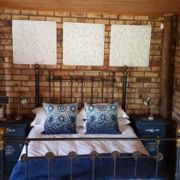 room 3,2